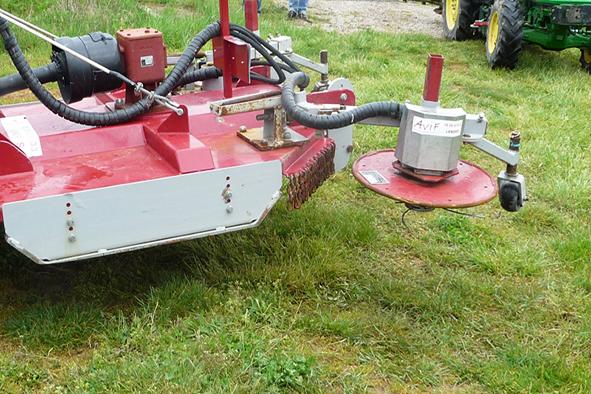 Robots viticoles : gestion de la tonte et des adventices